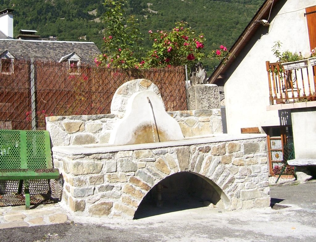 watering place near our holiday renting flat in luz-st-sauveur